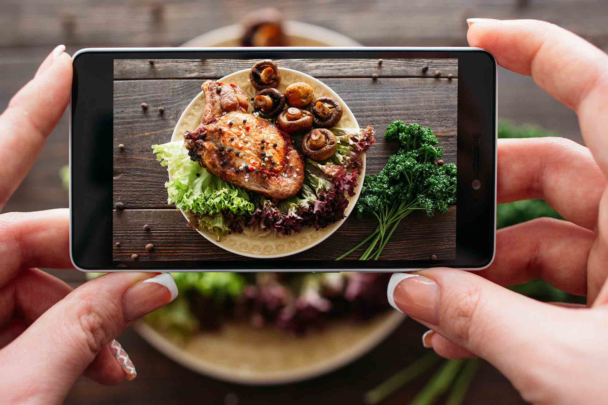 Social Media în Turismul Gastronomic